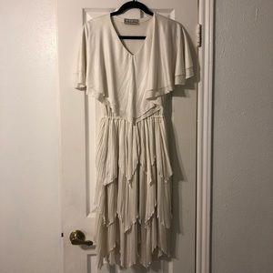 Dresses & Skirts - VINTAGE Cream Tiered Midi Dress